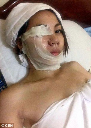 Woman Tries to Pour Acid on BF, Backfires