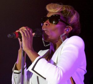 663px-Mary_J._Blige_2012
